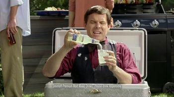 Smirnoff TV Spot For Blueberry and Lemonade Cooler Bartender