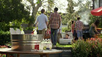 Smirnoff TV Spot For Blueberry and Lemonade Cooler Bartender - Thumbnail 1