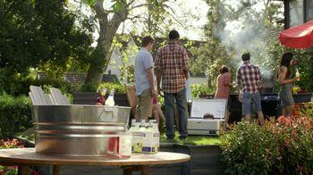 Smirnoff TV Spot For Blueberry and Lemonade Cooler Bartender - Thumbnail 4