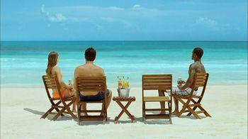 Corona Extra TV Spot, 'Business Getaway' - Thumbnail 2