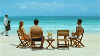 Corona Extra TV Spot, 'Business Getaway' - Thumbnail 3