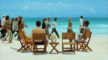 Corona Extra TV Spot, 'Business Getaway' - Thumbnail 4