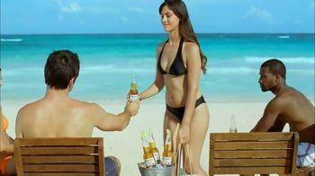 Corona Extra TV Spot, 'Business Getaway' - Thumbnail 8