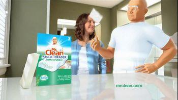 Mr. Clean Magic Eraser Bath Scrubber TV Spot 'Crazy Clean' - Thumbnail 9