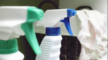 Mr. Clean Magic Eraser Bath Scrubber TV Spot 'Crazy Clean' - Thumbnail 5