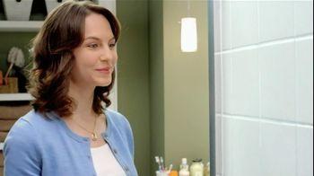 Mr. Clean Magic Eraser Bath Scrubber TV Spot 'Crazy Clean' - Thumbnail 7