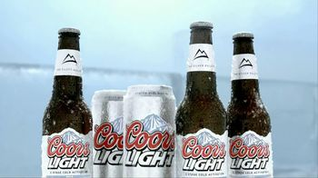 Coors Light TV Spot, 'Frost Brewed' - Thumbnail 5