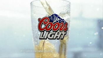 Coors Light TV Spot, 'Frost Brewed' - Thumbnail 7