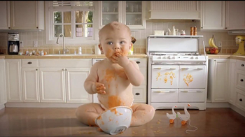 Hefty Odor Block TV Spot, 'Giant Baby' - 256 commercial airings