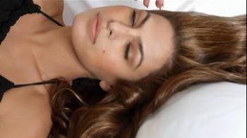 Pantene Anti-Breakage Shampoo TV Spot Featuring Eva Mendes - Thumbnail 3