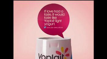 Yoplait Light Strawberry TV Spot, 'Sana's Tweet' - Thumbnail 4