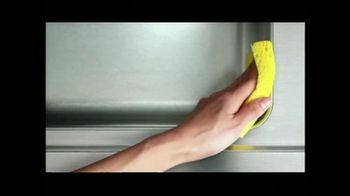 Lysol No-Touch Kitchen System TV Spot, 'Food Preparation' - Thumbnail 7