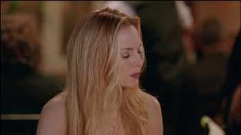 Old Spice Champion TV Spot, 'Sand Car' Featuring Heather Graham - Thumbnail 7