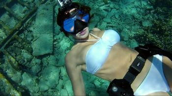 GoPro HERO2 TV Spot, 'Diving' Featuring Roberta Mancino and Mark Healey