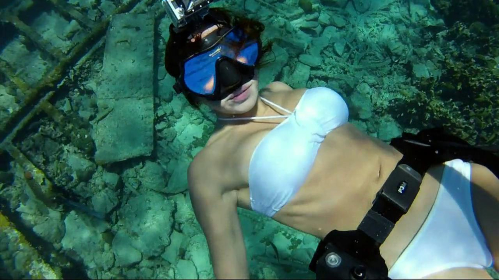 GoPro HERO2 TV Commercial, 'Diving' Featuring Roberta Mancino and Mark Healey