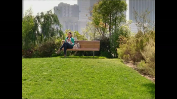 Nature Valley TV Spot, 'Park Bench' - Thumbnail 1