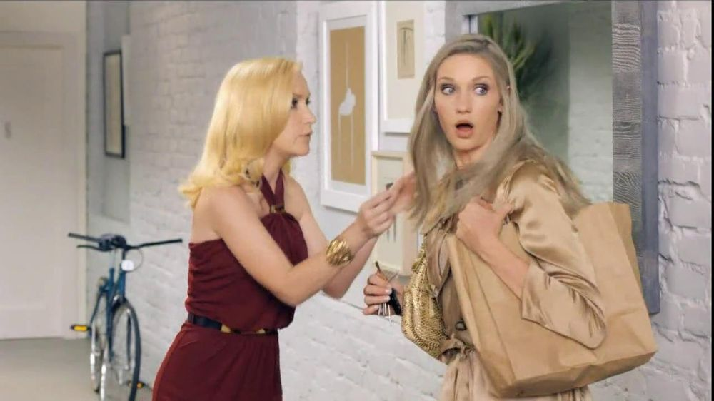 Clairol TV Commercial for Nice'n Easy Surprise Party Featuring Angela  Kinsey - Video