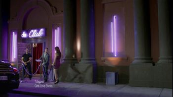 Tampax Radiant TV Spot, \'Making Some Things Disappear\'