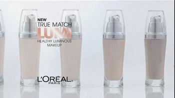 L'Oreal True Match Lumi Makeup TV Spot Featuring Doutzen Kroes - Thumbnail 3