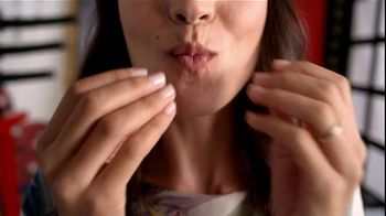 Listerine TV Spot For Listerine Mouthwash Woman's Mouth - Thumbnail 4