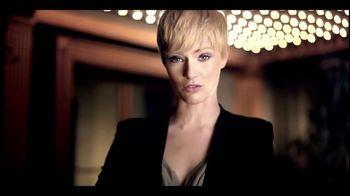 Clear Hair Care TV Spot, 'Wrong End of Hair' Featuring Heidi Klum - Thumbnail 2