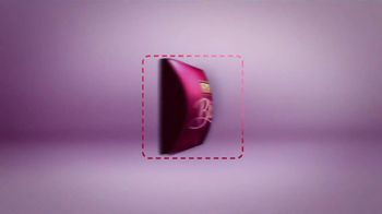 Hershey's Bliss Chocolates TV Spot, 'One Square Inch' - Thumbnail 6