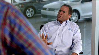 Volkswagen TV Spot, 'Baseball Disagreement: 0% APR' - Thumbnail 6