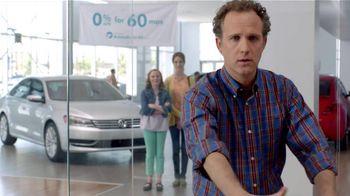 Volkswagen TV Spot, 'Baseball Disagreement: 0% APR' - Thumbnail 7