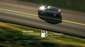 Hyundai TV Spot, 'National Fuel-Efficiency Month' - Thumbnail 6