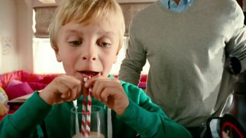 Hershey's TV Spot For Heshey's Chocolate Syrup Stir It Up - Thumbnail 5