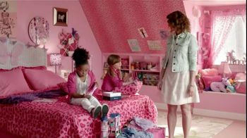 Famous Footwear TV Spot, 'Pink Sperry Top-Siders' - Thumbnail 7