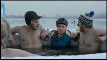 BENGAY Zero Degrees TV Spot, 'Annual Polar Dip'