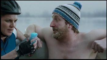 BENGAY Zero Degrees TV Spot, 'Annual Polar Dip' - Thumbnail 6