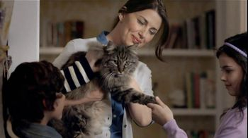 Purina TV Spot For Cat Chow Complete Featuring The Hutchison Family