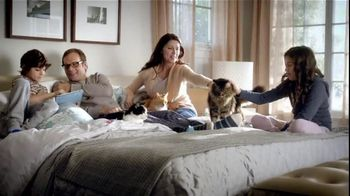 Purina TV Spot For Cat Chow Complete Featuring The Hutchison Family - Thumbnail 8