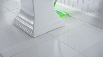 Swiffer Sweeper TV Spot, 'Green Face Mask' - Thumbnail 2