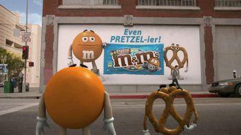 Pretzel M&M's TV Spot, 'Disguises' - Thumbnail 1