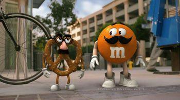 Pretzel M&M's TV Spot, 'Disguises' - Thumbnail 3