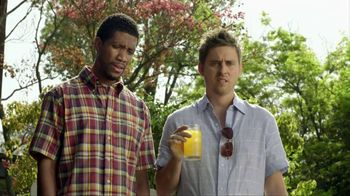 Smirnoff TV Spot For Signature Screwdriver With Cooler Bartender - Thumbnail 6