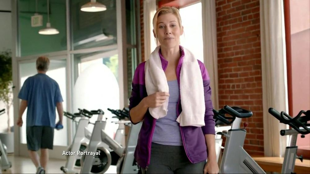 Salonpas Pain-Relieving Jet Spray TV Commercial, 'Gym'