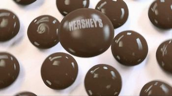 Hershey's Drops TV Spot, 'Headphones' Featuring Song: Move This - Thumbnail 1