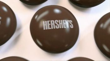 Hershey's Drops TV Spot, 'Headphones' Featuring Song: Move This - Thumbnail 2