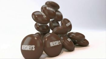 Hershey's Drops TV Spot, 'Headphones' Featuring Song: Move This - Thumbnail 4