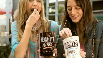 Hershey's Drops TV Spot, 'Headphones' Featuring Song: Move This - Thumbnail 5