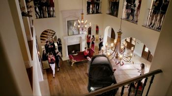 FIAT TV Spot, 'House Arrest' Featuring Charlie Sheen and Catrinel Menghia - Thumbnail 5