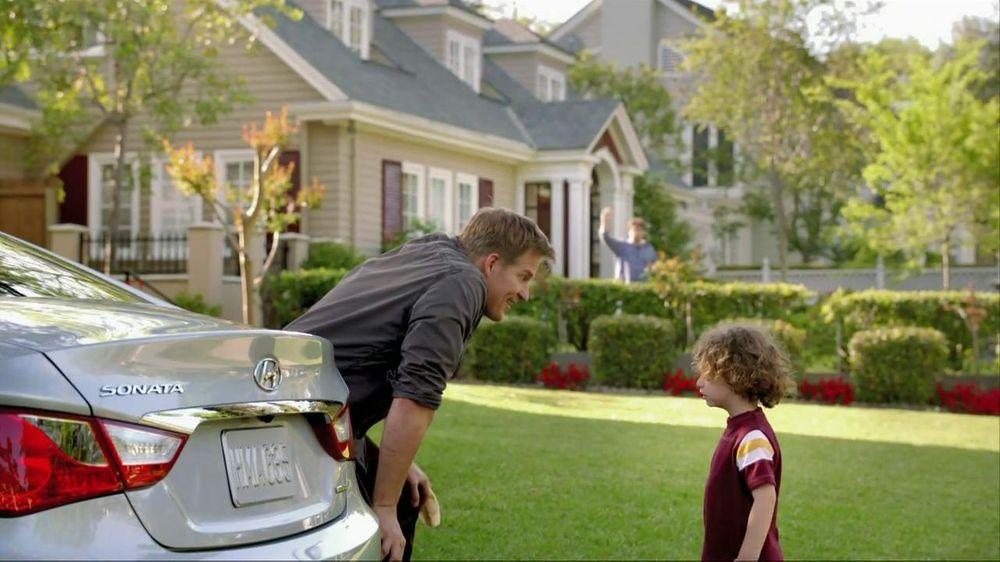 2012 Hyundai Sonata TV Commercial, 'Why?'