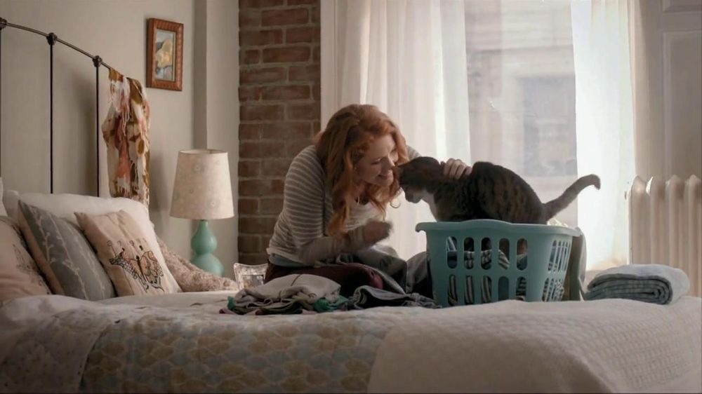 Purina Cat Chow TV Commercial, 'Kimi and Atti'