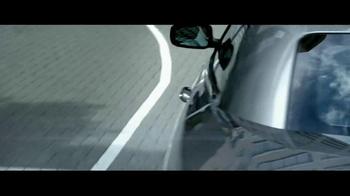 2012 Chrysler 200 Convertible TV Spot, 'Total Recall' - Thumbnail 3