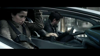 2012 Chrysler 200 Convertible TV Spot, 'Total Recall' - Thumbnail 7