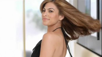 Pantene TV Spot For Daily Moisture Renewal Shampoo And Conditioner - Thumbnail 6